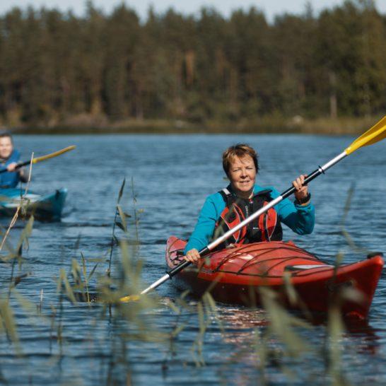 Melonta Best Lake Nature Adventures canoeing