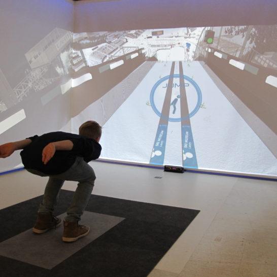 Hiihtomuseo mäkihyppysimulaattori Lahti Ski Museum Ski Jump Simulator