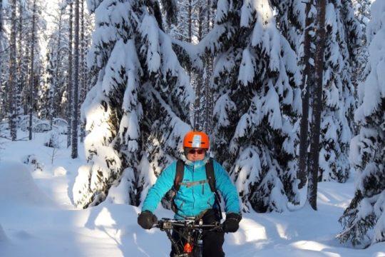 Kitetirri Fatbike-pyöräily talvella Kitetirri fatbiking in winter