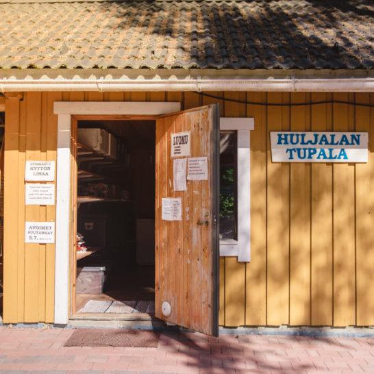 Huljalan Tupala farm shop