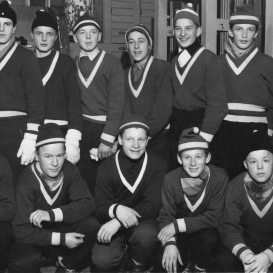 Lahden hiihtomuseo LHS:n nuoret mäkimiehet Ski jumpers