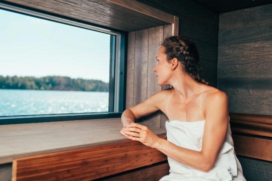 Pajulahti sauna girl in sauna