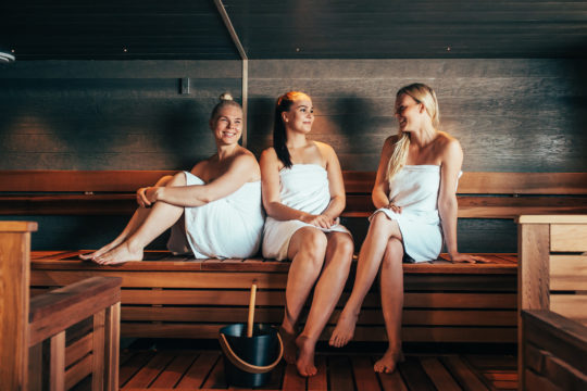Pajulahti sauna girls in sauna