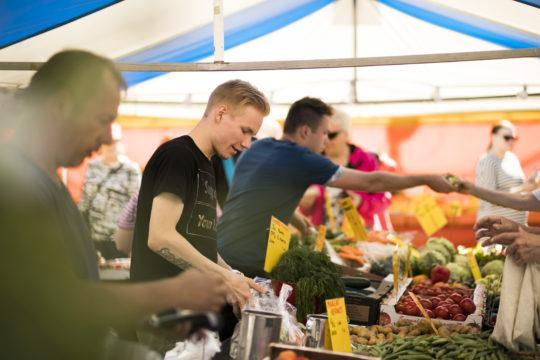 Torimarkkinat Monthly markets