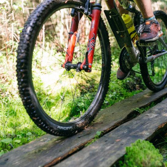 Juustopolku pyörä pitkospuut