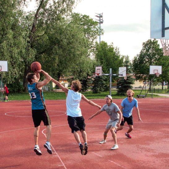 Kisapuisto Lahti koripallo