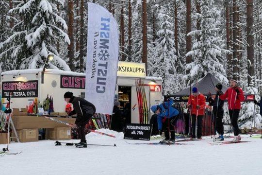 CustomSki Lahdessa ski service