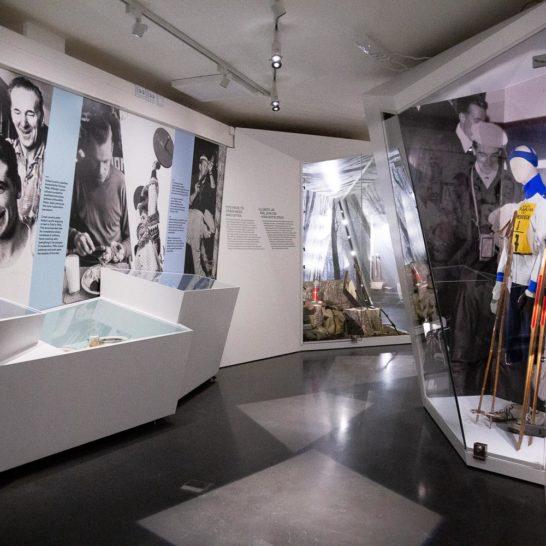 Hiihtomuseo Ski Museum Sisulla sankariksi -näyttely