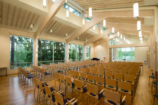 Luomaniemen toimintakeskus kirkkosali