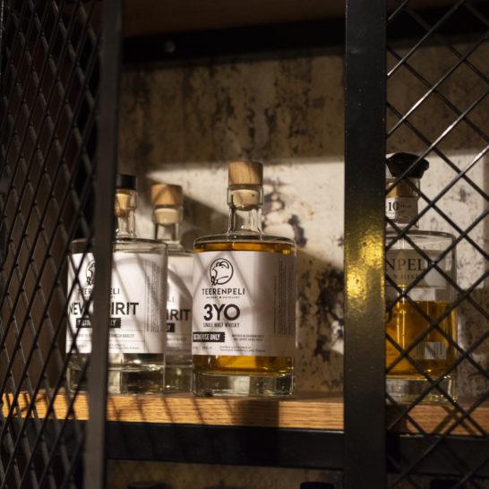 Teerenpelin viskivalikoimaa
