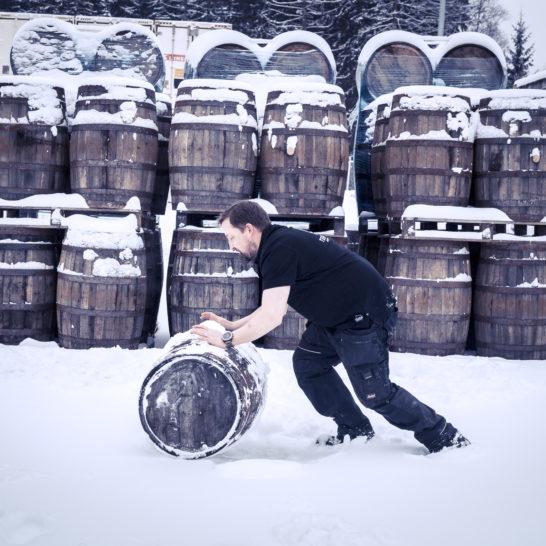 Teerenpeli viskitynnyrit