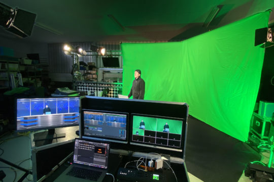 KMU Live virtuaalistudio