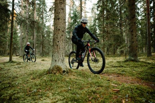 Maastopyöräilyä Salpausselällä MTB