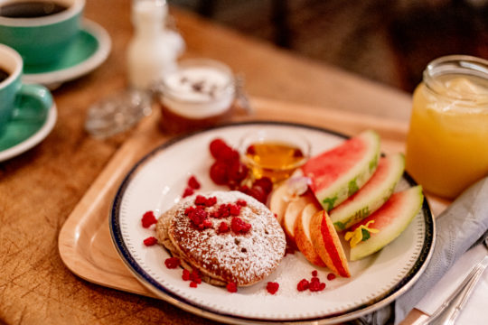 Sivuraide_aamiainen
